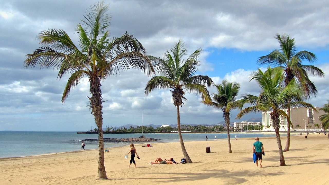 beaches of lanzarote